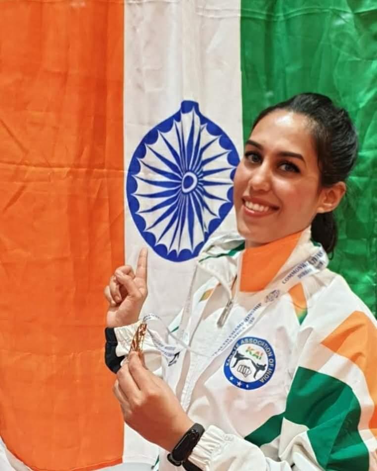 supriya with India Flag